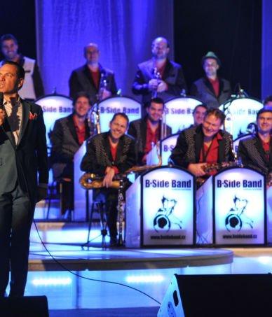 B-Side Band & Vojtěch Dyk & Kurt Elling_5.12.2013 kongresové centrum Praha