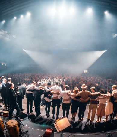 Deset let Beat ve Swingu – B-Side Band & Vojtěch Dyk, JFO / Ostravar aréna